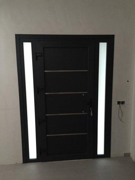 Puertas de pvc para exterior precios perfect yk wpcpvc for Puerta interior gris