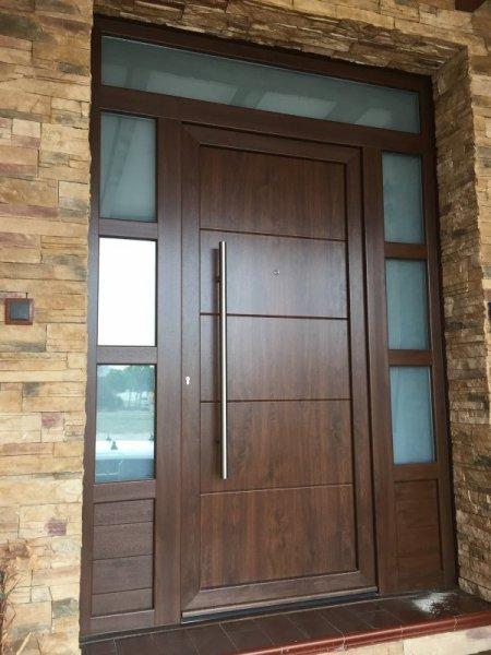 Puertas de calle pvc mavero s l carpinter a y for Puertas de calle aluminio precios