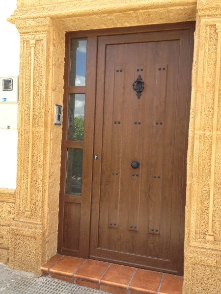 Puertas de calle pvc mavero s l carpinter a y - Puertas de calle ...