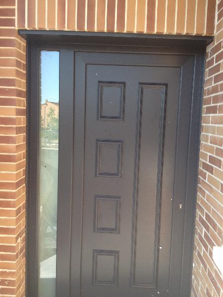 Pvc foliado gris antracita ral 7016 mavero s l for Puertas de calle de pvc