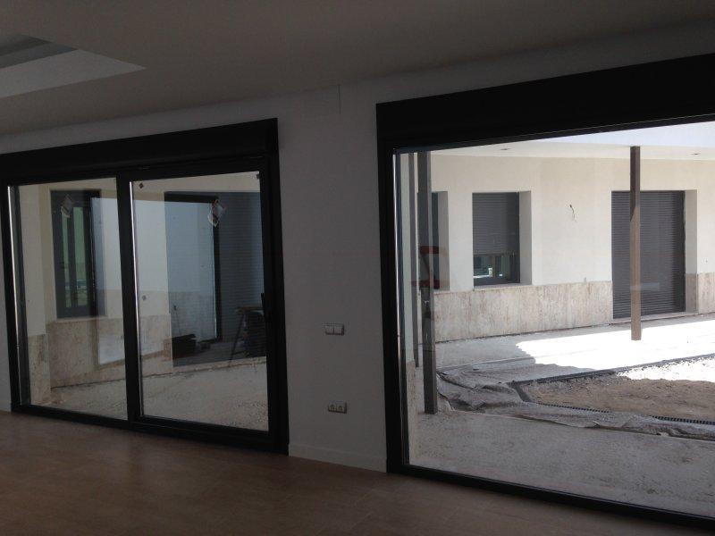 ventanales pvc omniral caras deceuninck ventanas